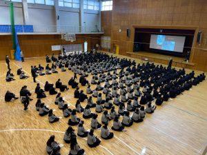 【翔凜高校】グローバル特別講演が行われました。